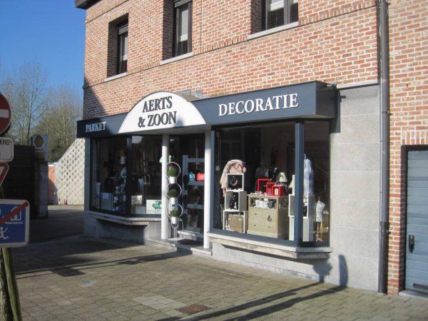Decoratie winkel Aerts en zoon gelegen in Bornem - Eikevliet, Karel Suykenstraat 2
